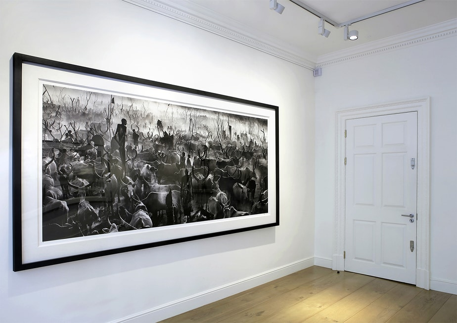 David Yarrow at Delahunty Fine Art Gallery, Mayfair, London. Image courtesy of Delahunty Fine Art Gallery.